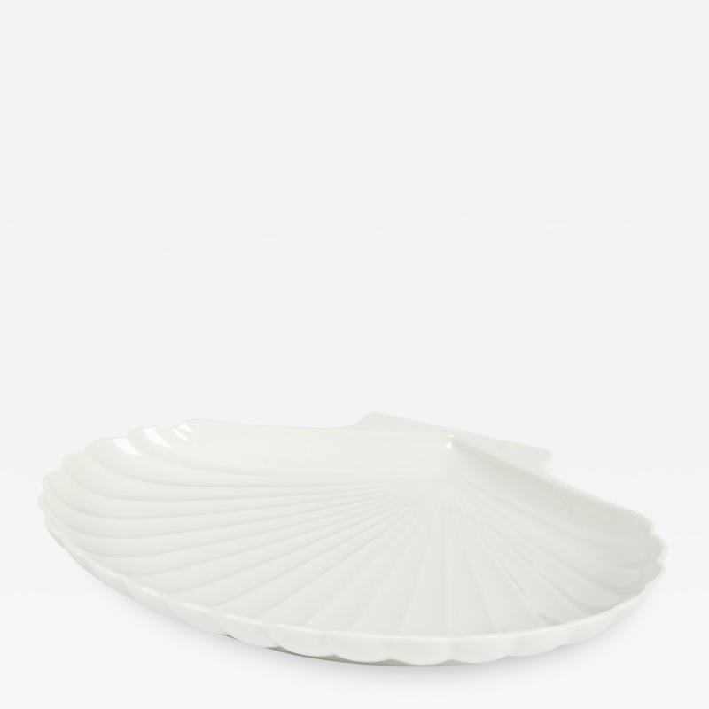 Danish bowl shaped as a shell made of porcelain 60s