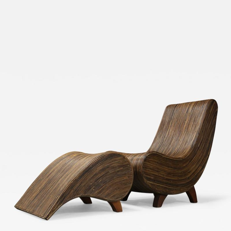 Drop shaped bamboo chaise lounge with Ottoman 1980s