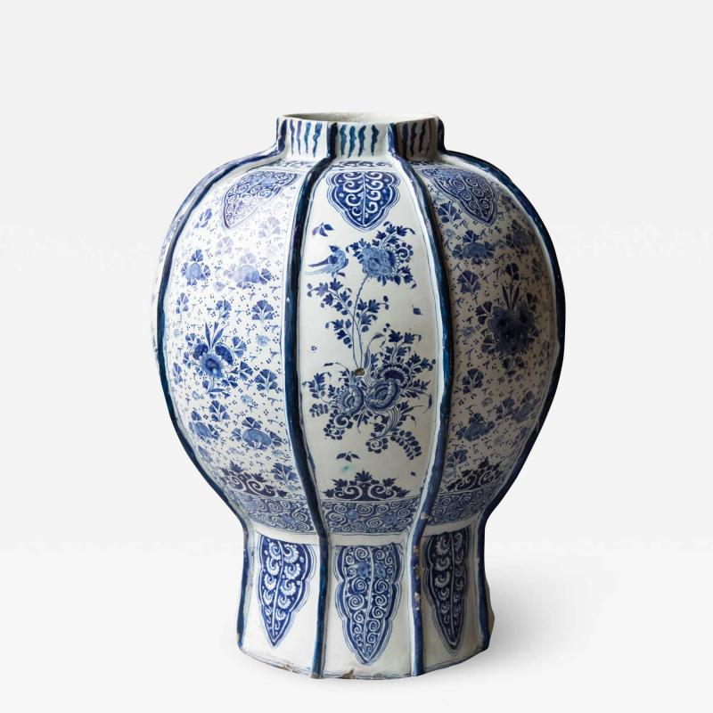 EXCEPTIONALLY LARGE 18th CENTURY DELFT VASE