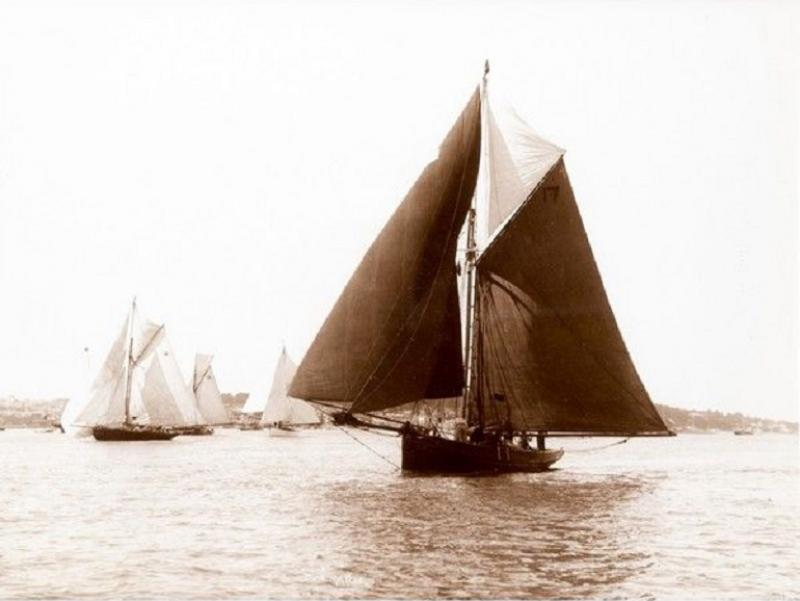 Early silver gelatin photo print by Beken of Cowes Yacht Deamarie