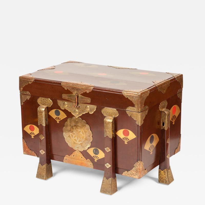 Edo lacquer chest karabitsu