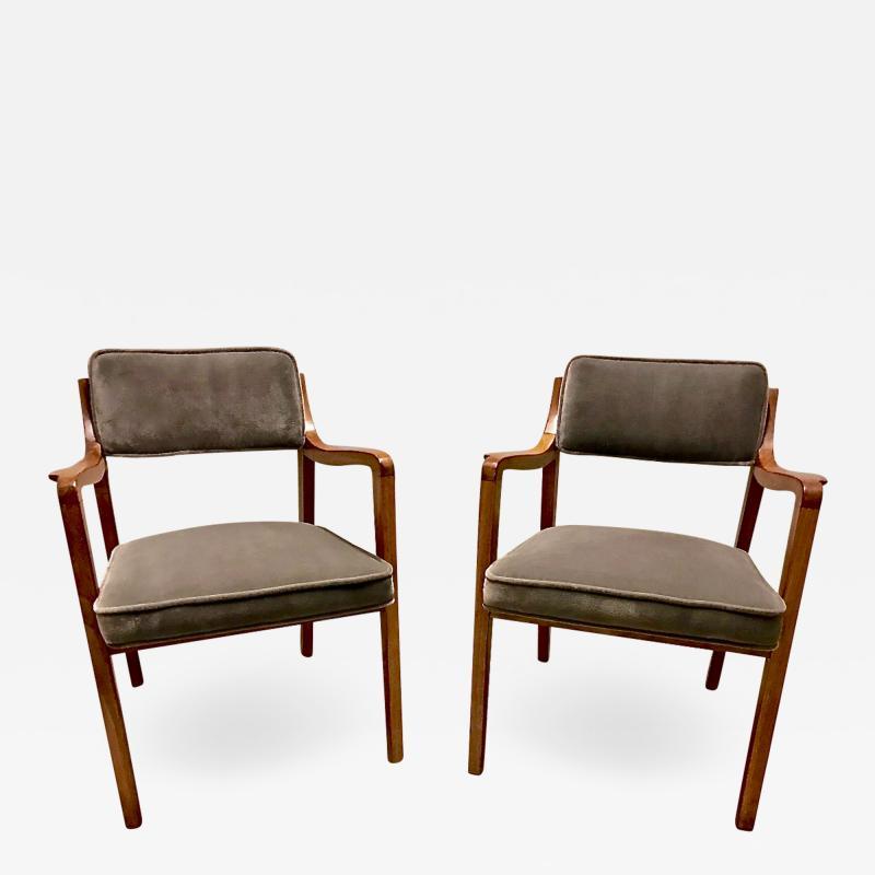 Edward Wormley Edward Wormley for Dunbar Model 830 Lounge Chairs 2 Pairs