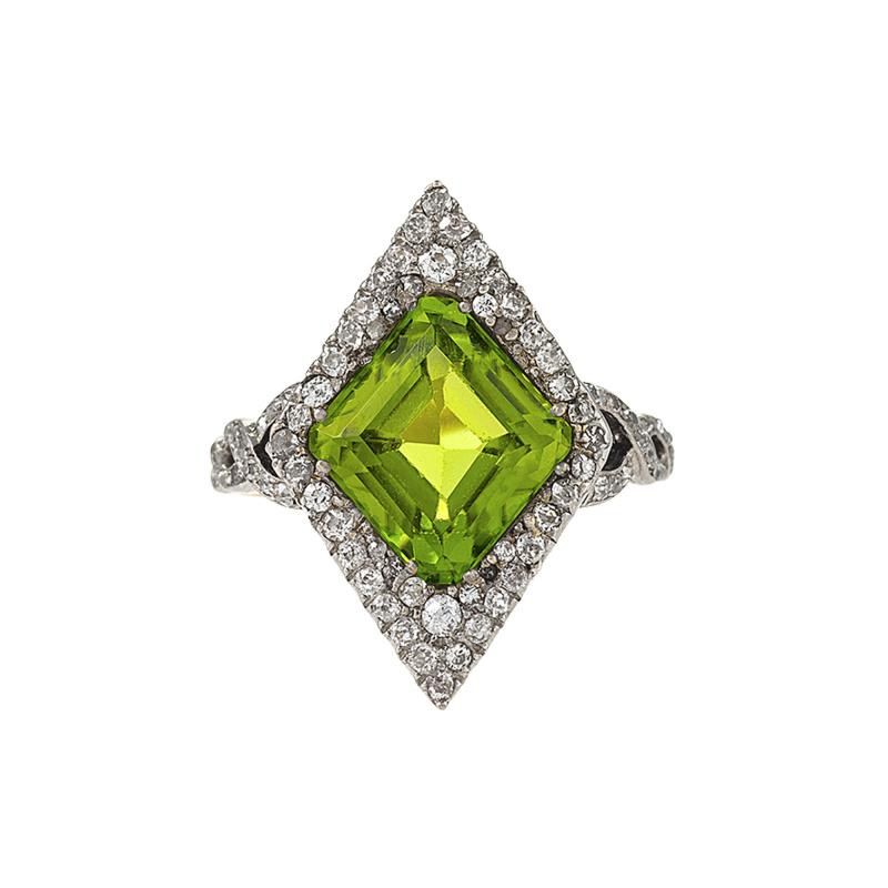 Edwardian Gold and Platinum Peridot Ring