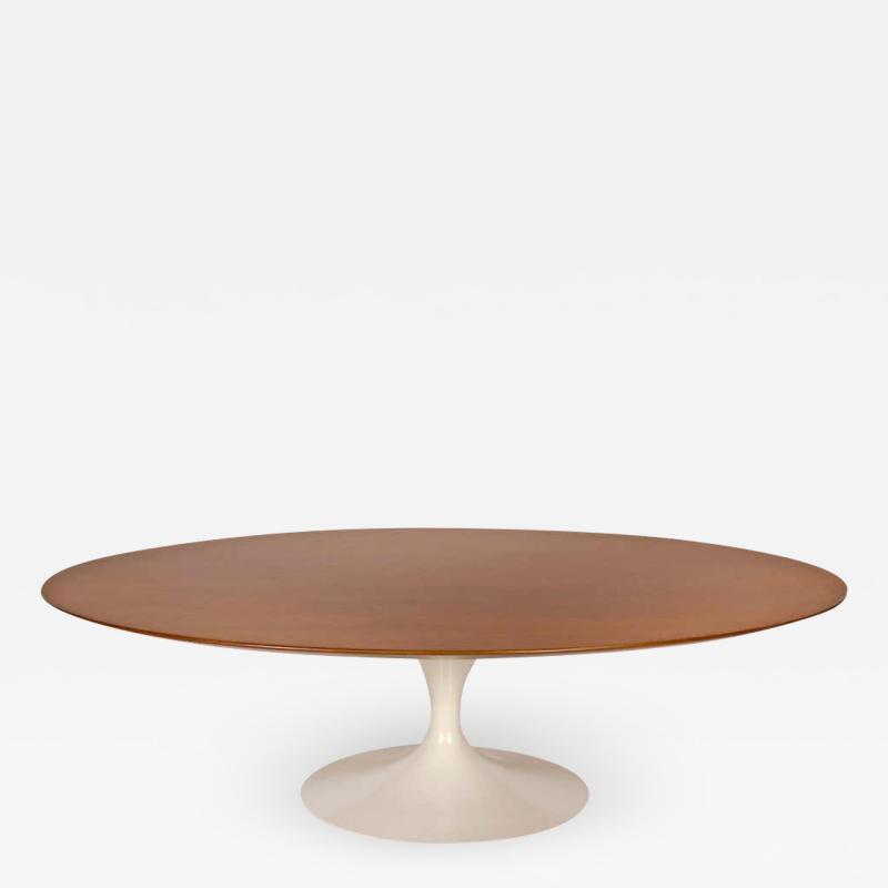 Eero Saarinen 1960s Eero Saarinen Oval Walnut Coffee Table for Knoll