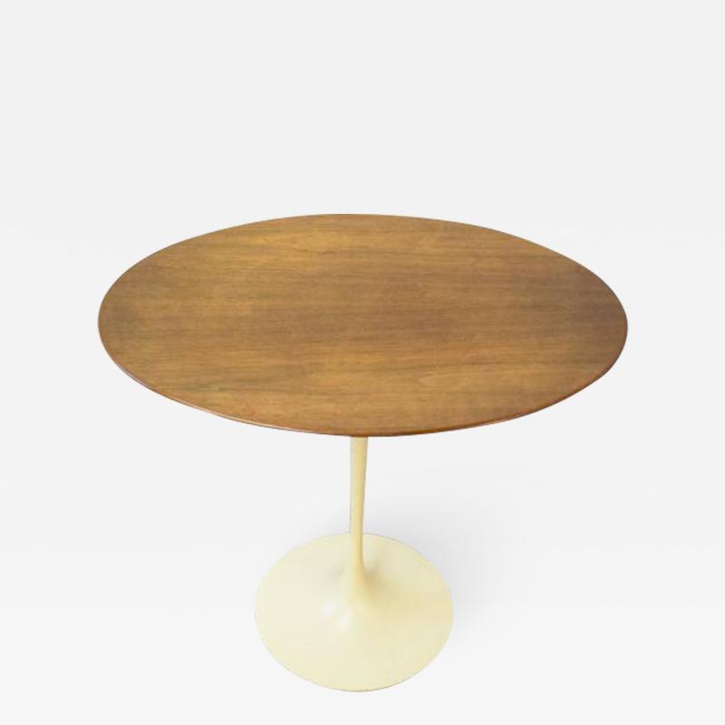 Eero Saarinen Early Eero Saarinen for Knoll Oval Tulip Side Table