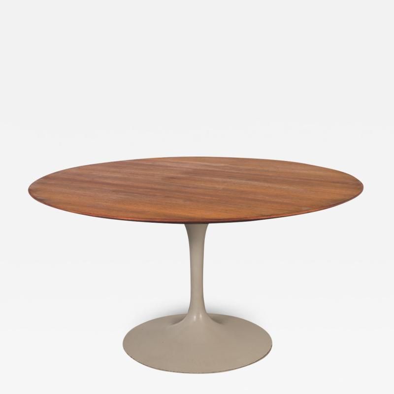 Eero Saarinen Eero Saarinen Tulip Dining Table for Knoll