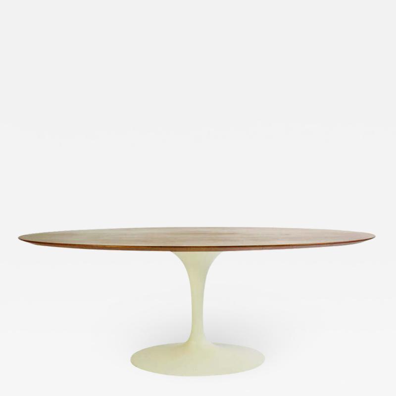 Eero Saarinen Eero Saarinen for Knoll Walnut Oval Dining Table