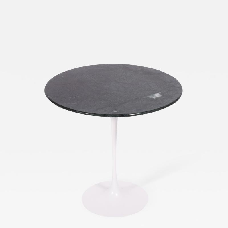 Eero Saarinen Eero Saarinen marble side table 163 F for Knoll