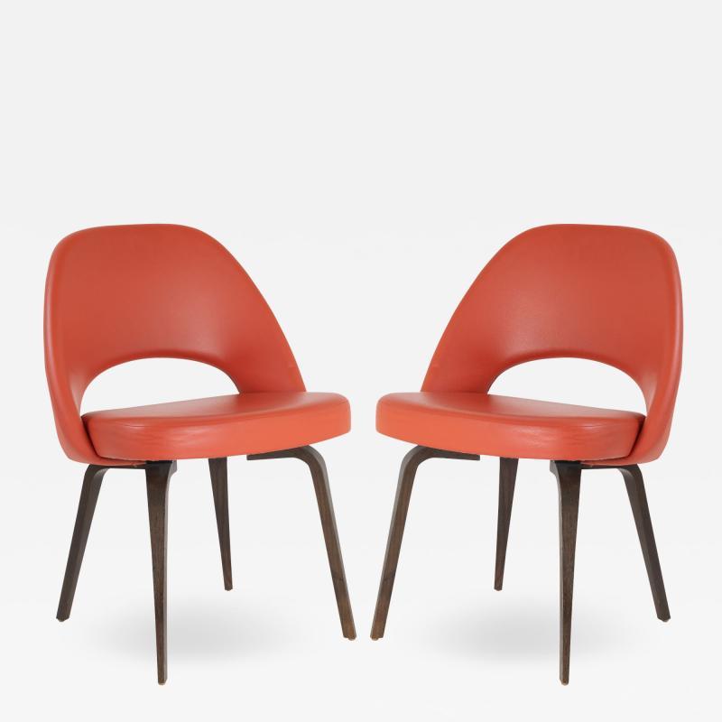 Eero Saarinen Saarinen Executive Armless Chairs in Burnt Orange Leather and Walnut Legs Pair