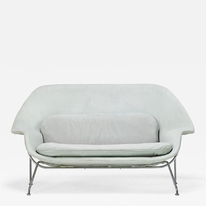 Eero Saarinen Womb Love Seat by Eero Saarinen for Knoll
