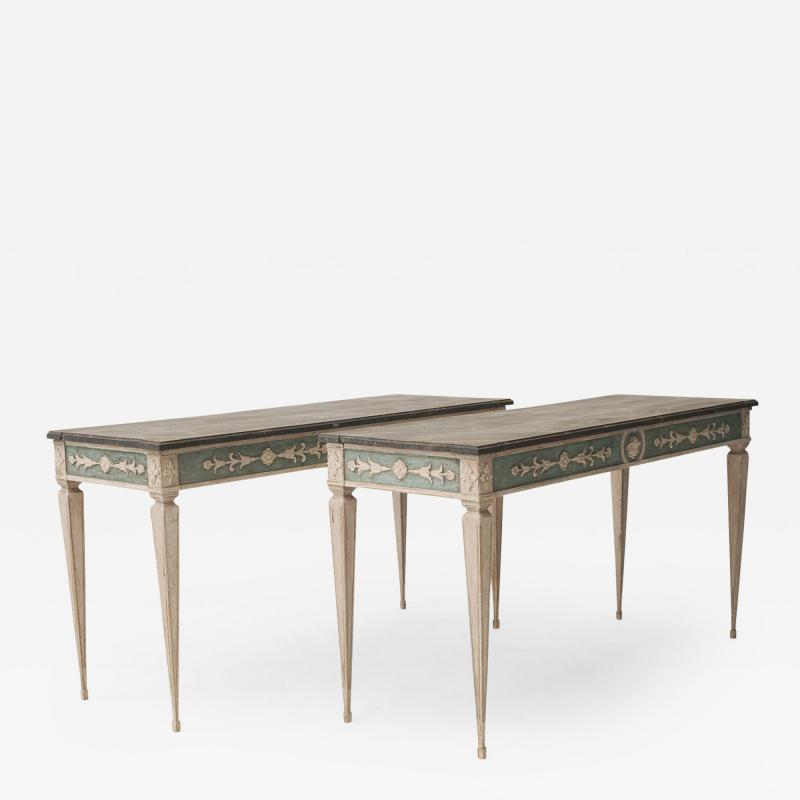 Elegant pair of console tables in Gustavian style