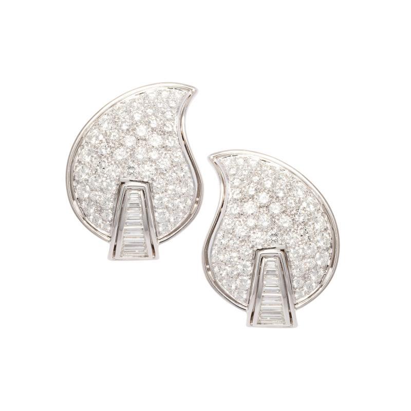 Ella Gafter Ella Gafter Pave Diamond Earrings White Gold Flower Leaf Clip On