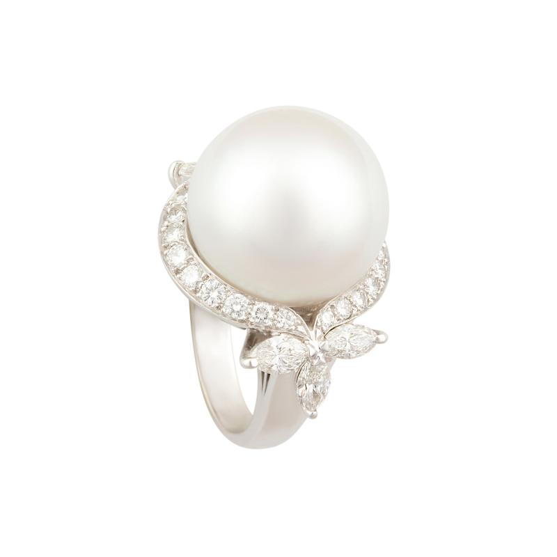 Ella Gafter Ella Gafter White South Sea Pearl and Diamond Ring