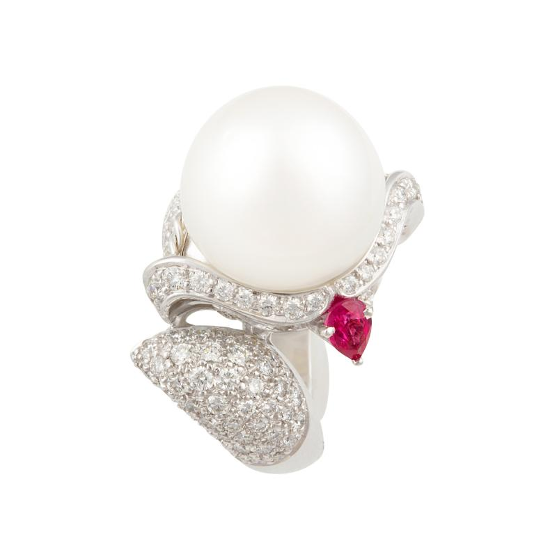 Ella Gafter Ella Gafter Zodiac Sagittarius Ring with South Sea Pearl and Diamonds