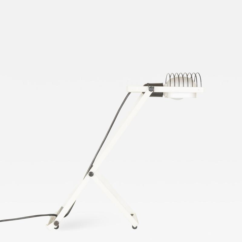 Ernesto Gismondi White and Black Sintesi table lamp by Ernesto Gismondi for Artemide 1970s