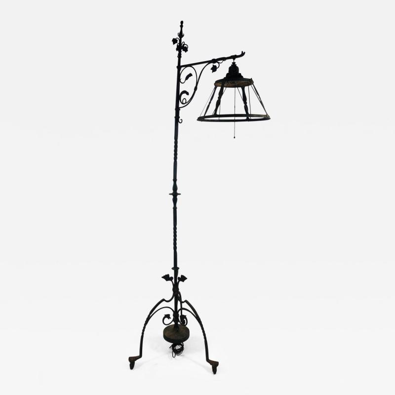 Exceptional Arts and Crafts Floor Lamp