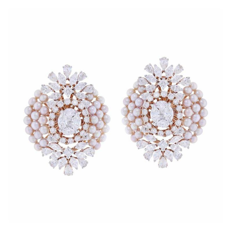 FINE OVAL SHAPED PEARL AND DIAMOND EARRINGS 18K YELLOW GOLD
