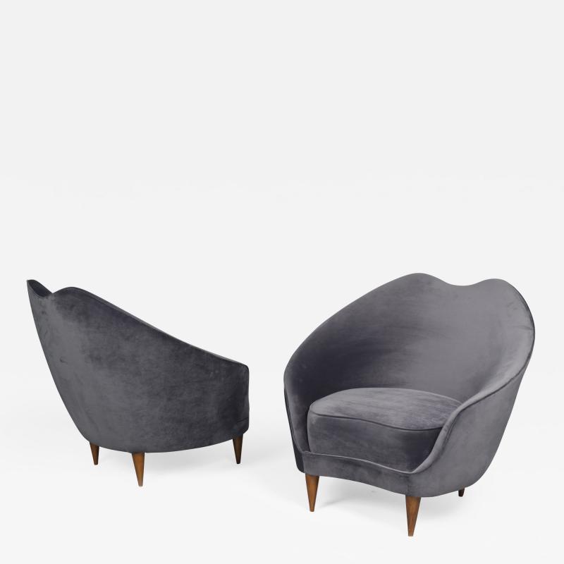 Federico Munari Pair of Chairs by Federico Munari Italy 1950s
