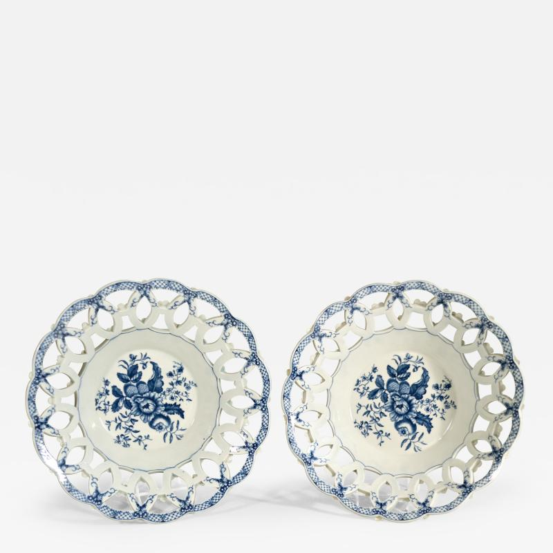 First Period Worcester Porcelain Large Pair of Fruit Baskets Pine Cone Pattern