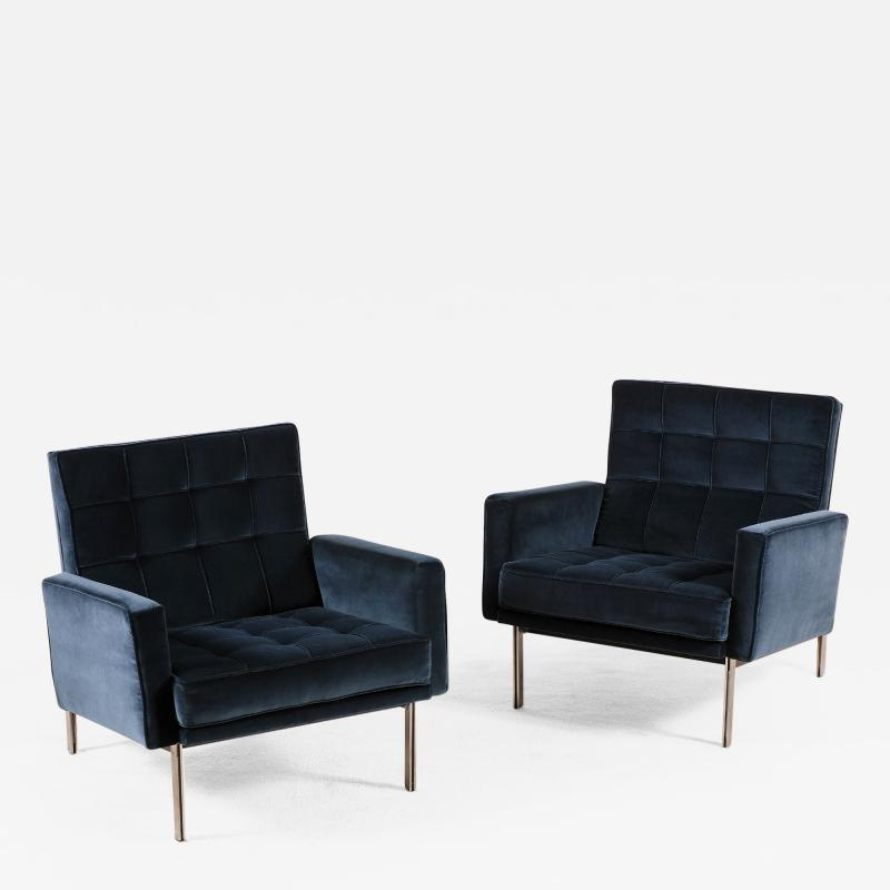 Florence Knoll Florence Knoll Pair of Parallel Bar Lounge Chairs circa 1965