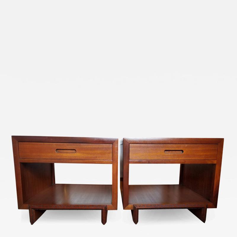 Frank Lloyd Wright Rare Frank Lloyd Wright Pair of Mahogany End Tables Nightstands Henredon 1955