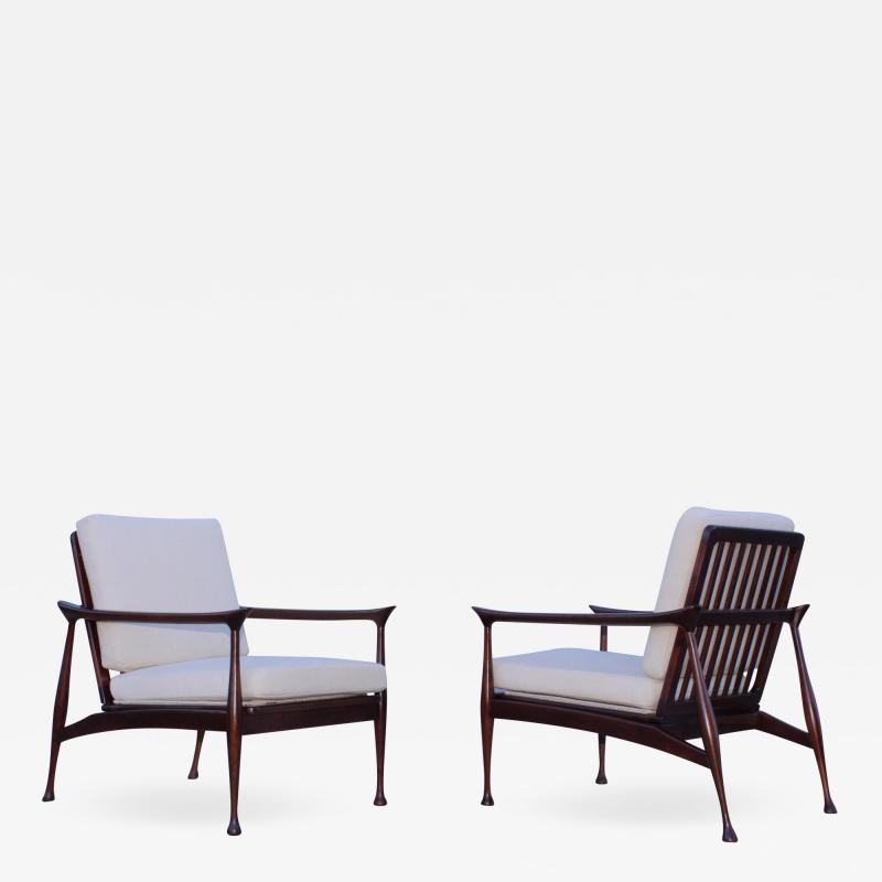 Fratelli Reguitti Fratelli Reguitti Attributed Italian Walnut Lounge Chairs
