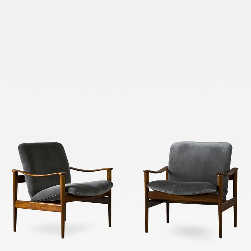 Frederik A Kayser Pair of Frederik Kayser Easy Chairs