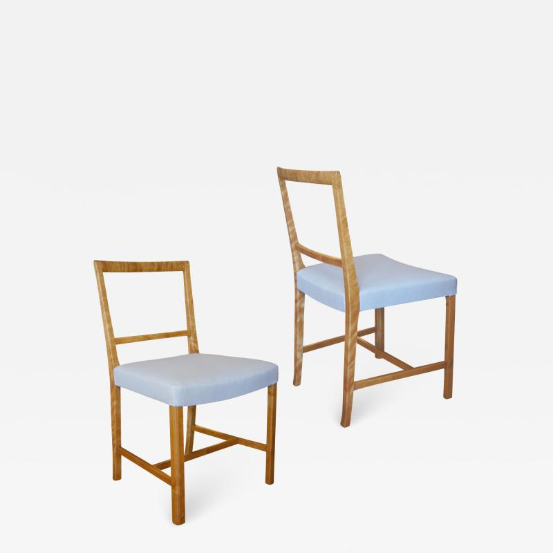 Frits Henningsen Set of Four Elegant and Rare Side Chairs in Birch by Frits Henningsen