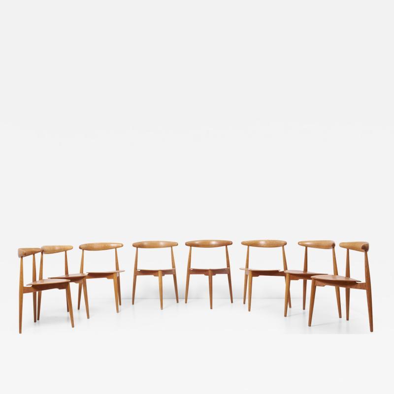 Fritz Hansen Set of 8 Oak and Teak Heart Chairs by Hans Wegner Denmark 1950s