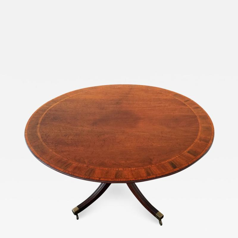 GEORGE III MAHOGANY AND STRING BANDED BREAKFAST TABLE Circa 1780