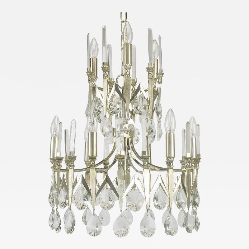 Gaetano Sciolari Rare Italian Import Gaetano Sciolari Silver and Crystal Nine Light Chandelier