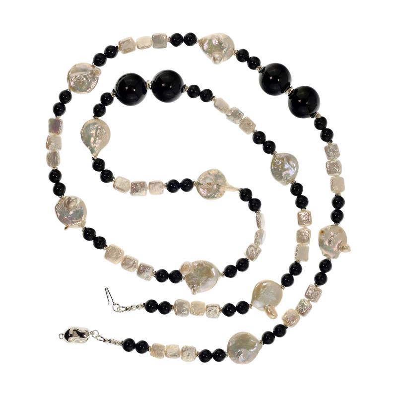 Gemjunky 45 Inch Long Black and White Elegant necklace