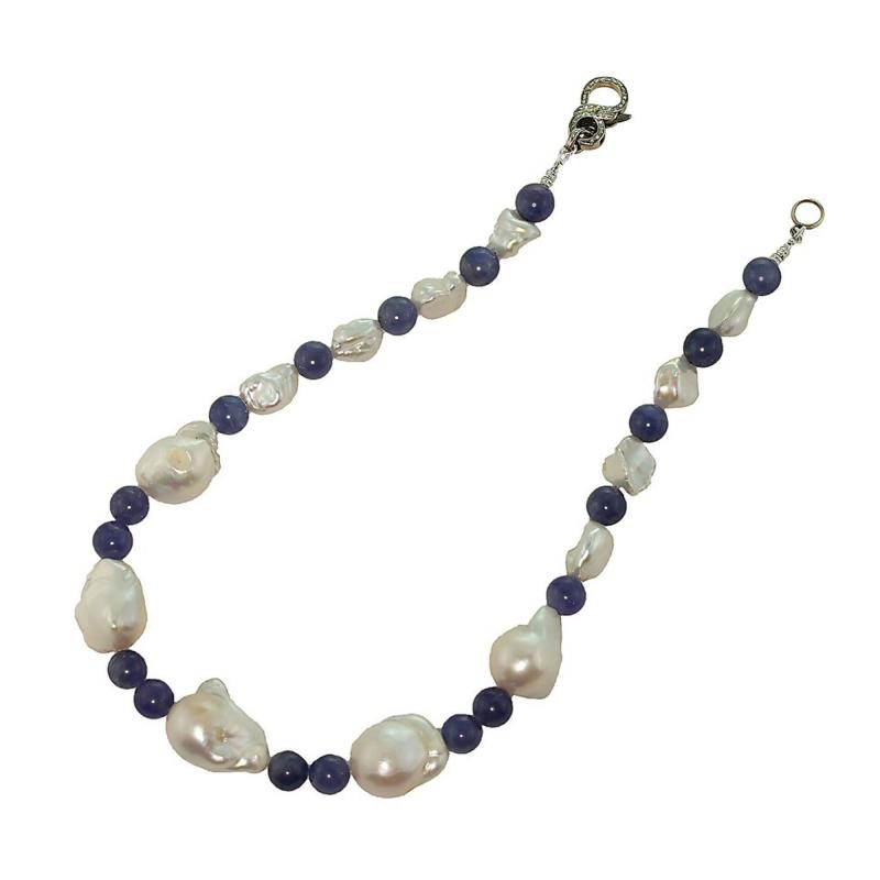 Gemjunky Elegant 17 Inch White Baroque Pearl and Tanzanite Necklace