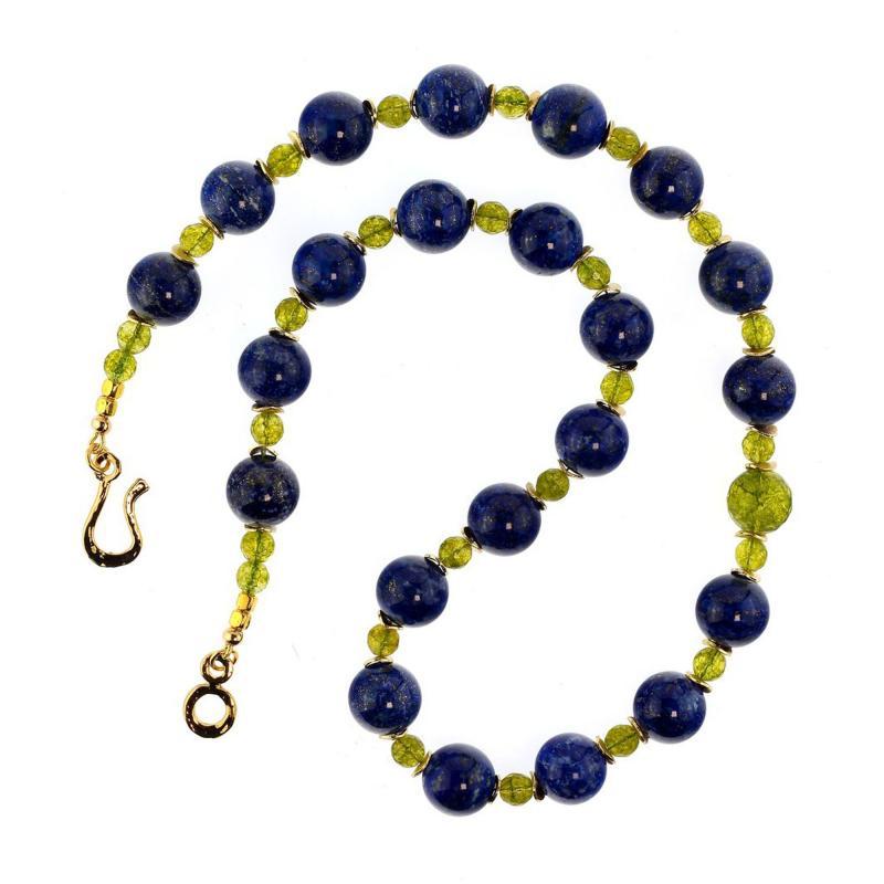 Gemjunky Elegant Blue Lapis Lazuli and Green Peridot Necklace