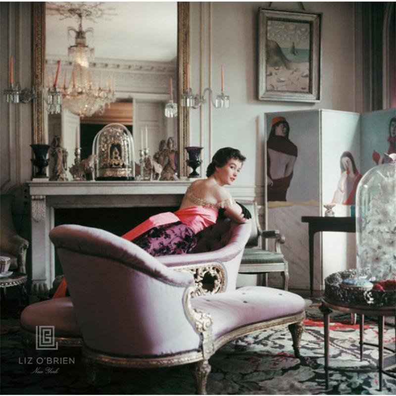 Ghislaine Lounges in Elsa Schiaparellis Home