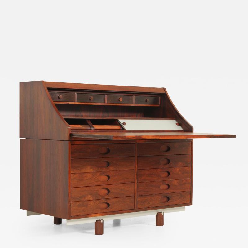 Gianfranco Frattini Rosewood Writing Desk by Gianfranco Frattini for Bernini Italy