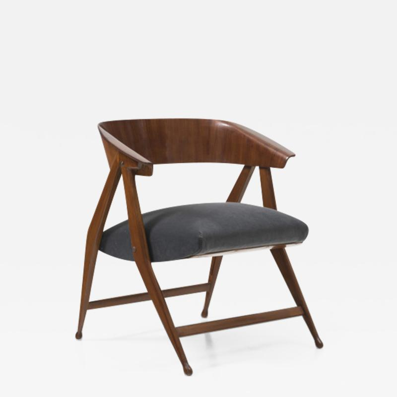 Gio Ponti Folding Chair in Mahogany wood