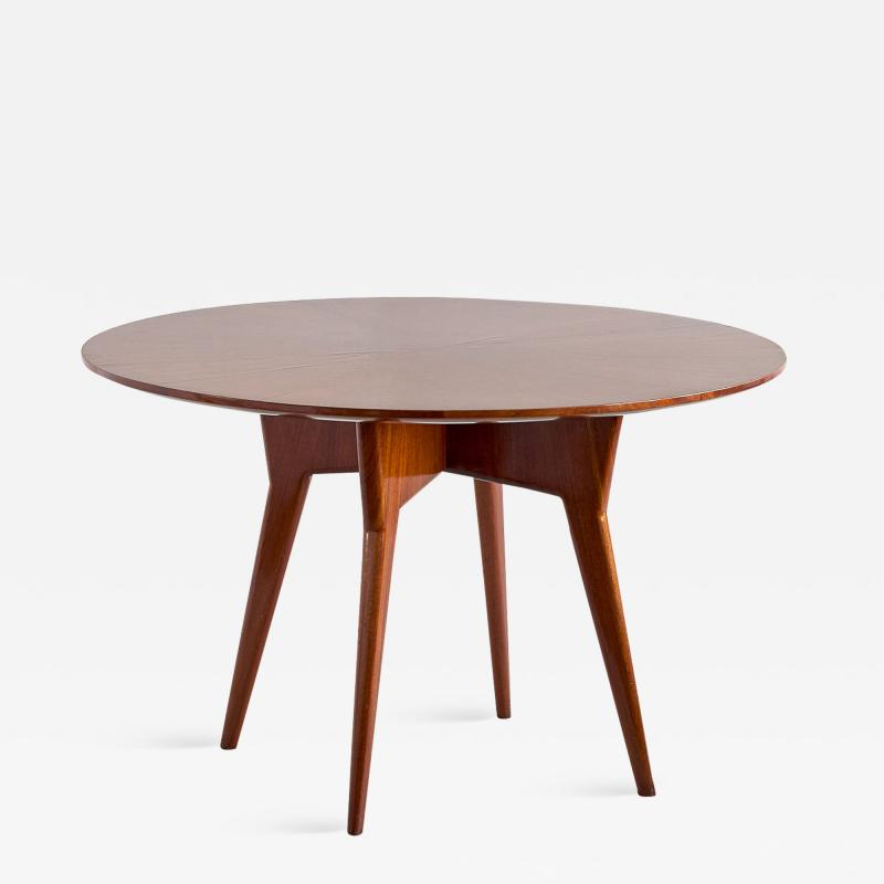 Gio Ponti Gio Ponti Round Dining Table in Mahogany and Thuja Burr Italy Early 1950s