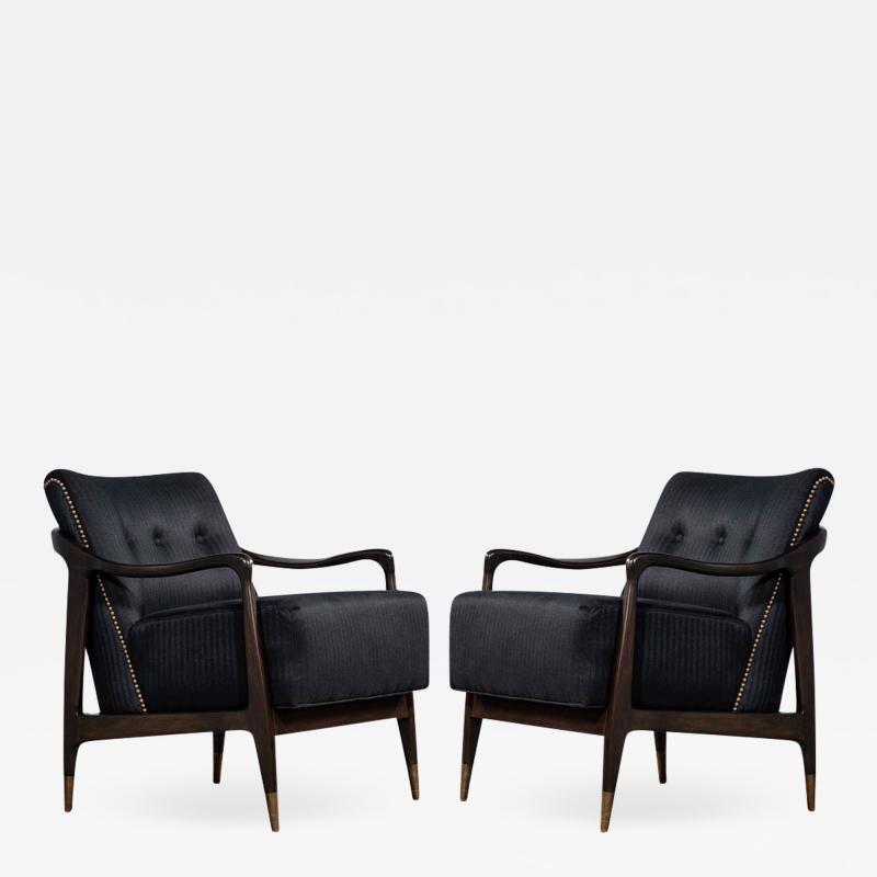 Gio Ponti Pair of Mid Century Modern Gio Ponti Style Club Chairs