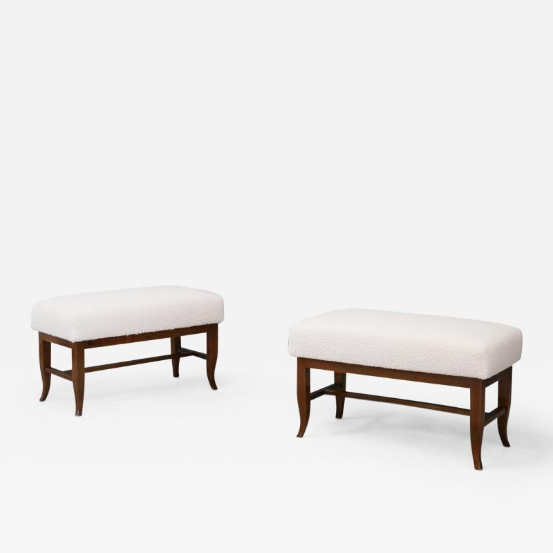 Gio Ponti Pair of Stools in style Gio Ponti in white boucl fabric and walnut 1960s