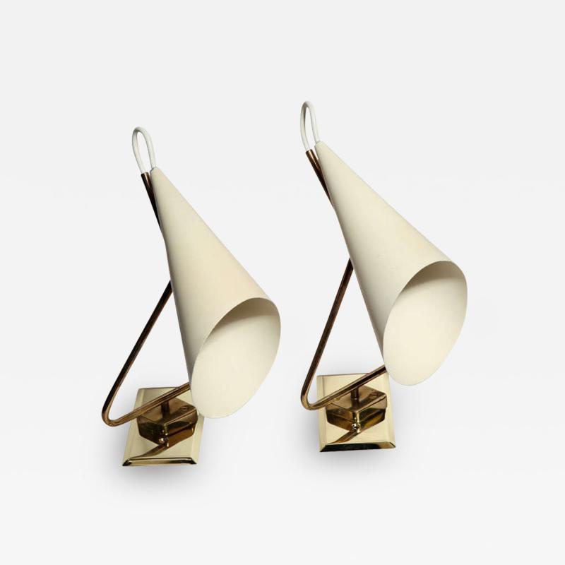 Giuseppe Ostuni Pair of Giuseppe Ostuni Sconces Made in Italy 1954
