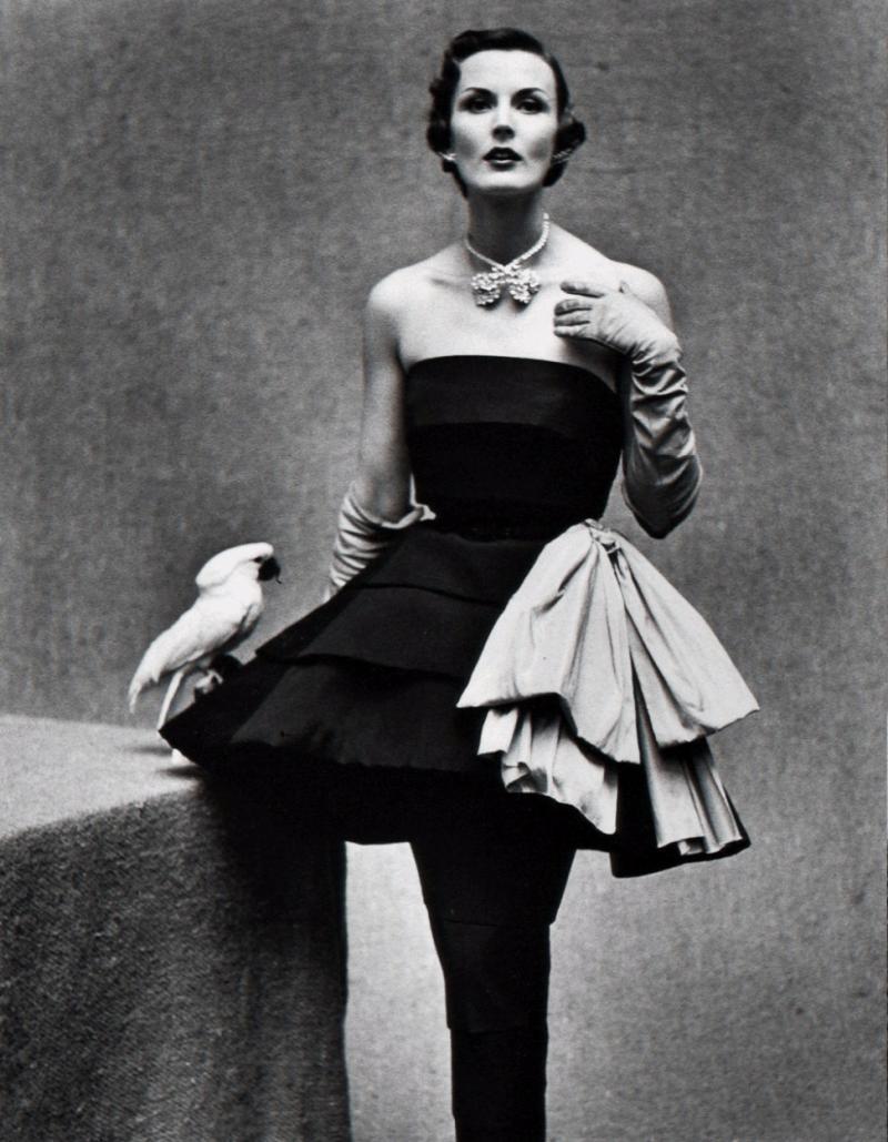 Gordon Parks Jackie Stoloff Wearing Paris Fashions Paris France 29 005 1950