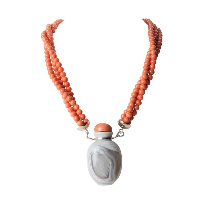Gray Agate Snuff Bottle Pendant On A Three Strand Coral Bead Necklace