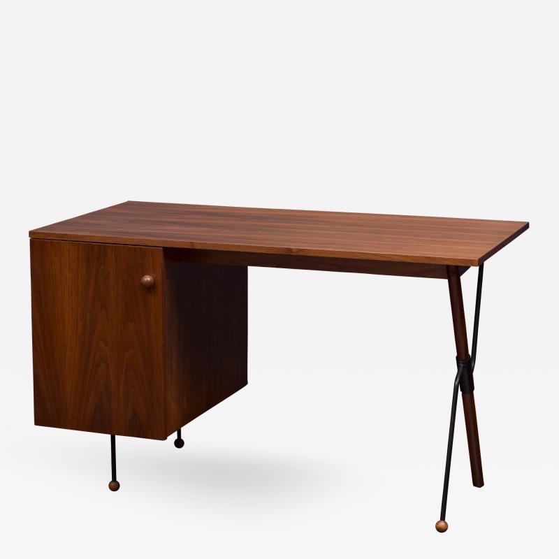 Greta Grossman Greta Grossman Desk