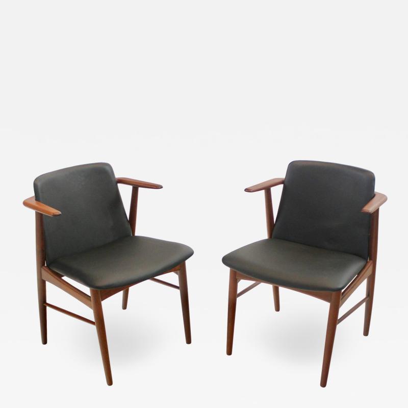 Hans Olsen Pair of Rare Scandinavian Modern Armchairs Designed by Hans Olsen