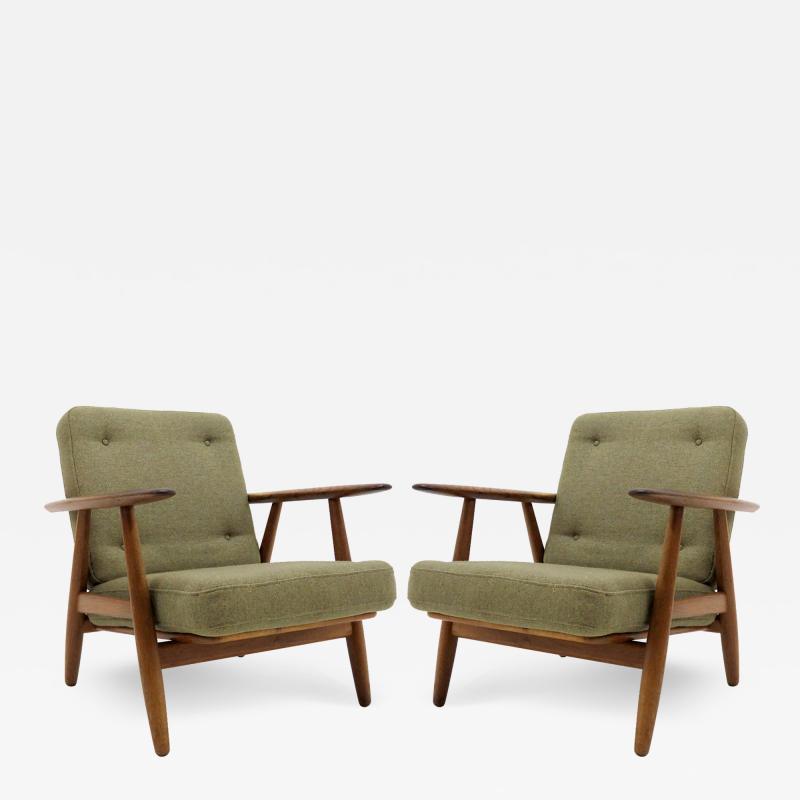 Hans Wegner Hans Wegner Lounge Chairs Model GE 240