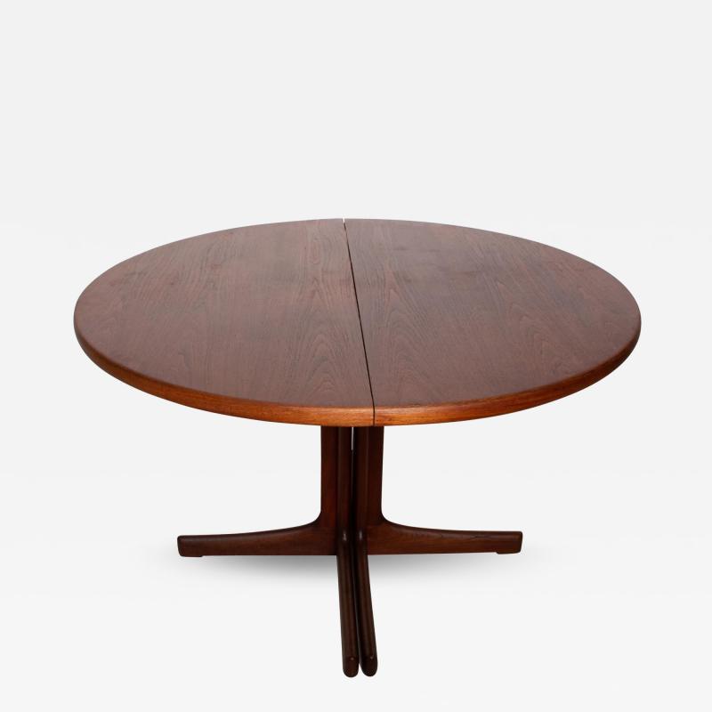 Hans Wegner Mid Century Danish Modern Oval Tee Dining Table
