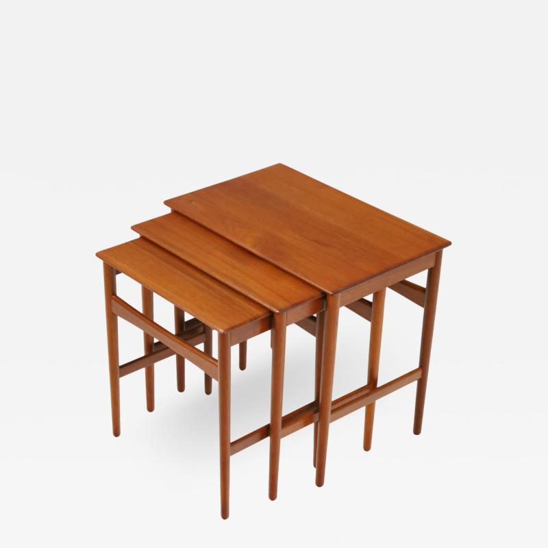 Hans Wegner Set of Three Scandinavian Modern Nesting Tables Designed by Hans Wegner