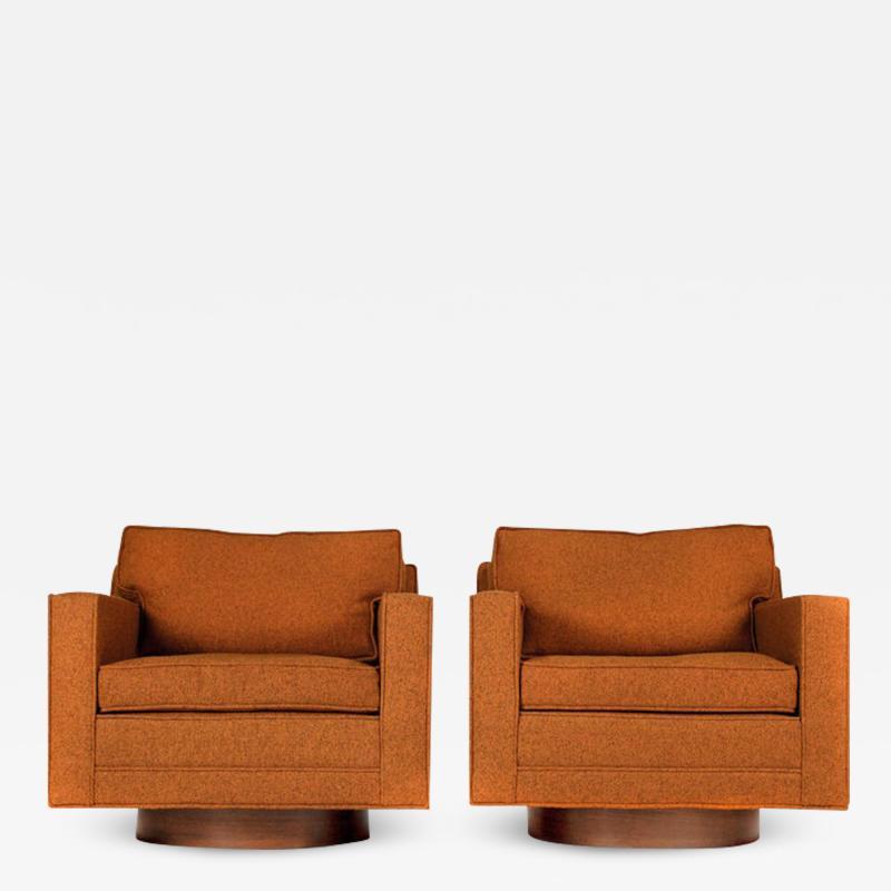 Harvey Probber Swivel Club Chairs Model 1461 by Harvey Probber