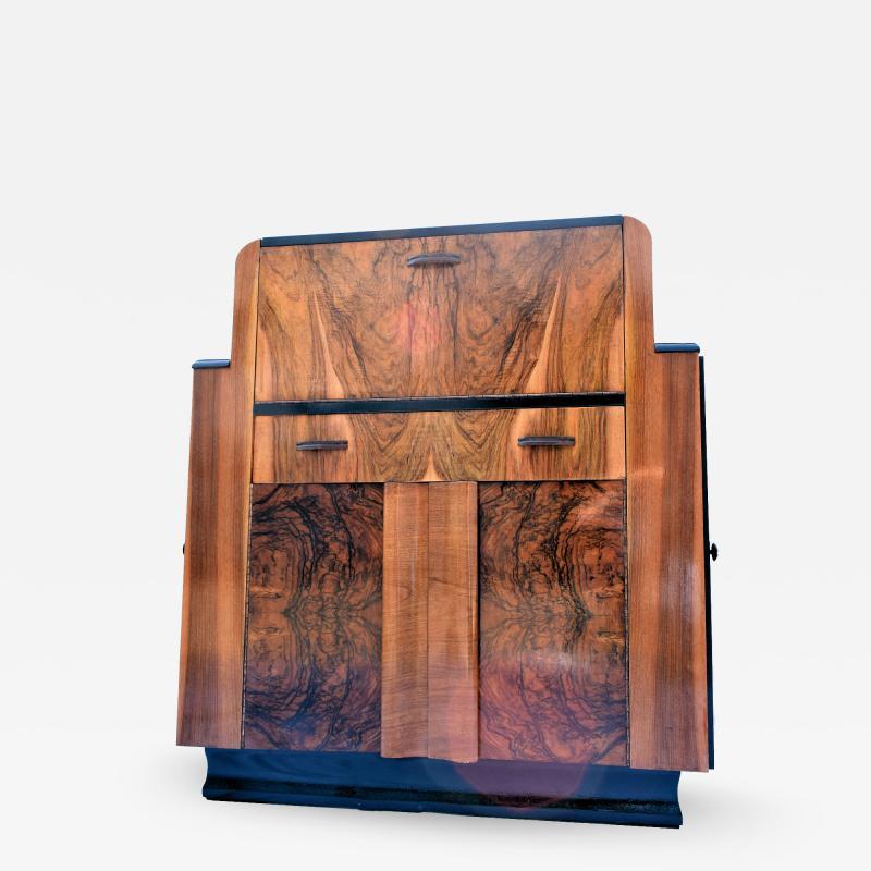 Heavily Figured Walnut 1930s Art Deco Bureau